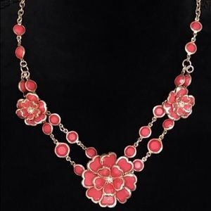 Jewelry - Beautiful Spring Pink Flower Statement Necklace